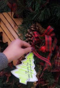 gratitude-tree-tag-carissa-trenton